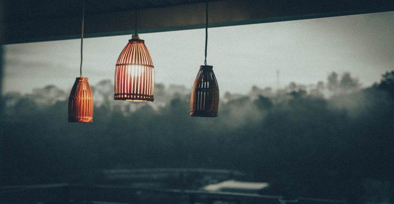 Wybieramy oprawy sufitowe typu LED