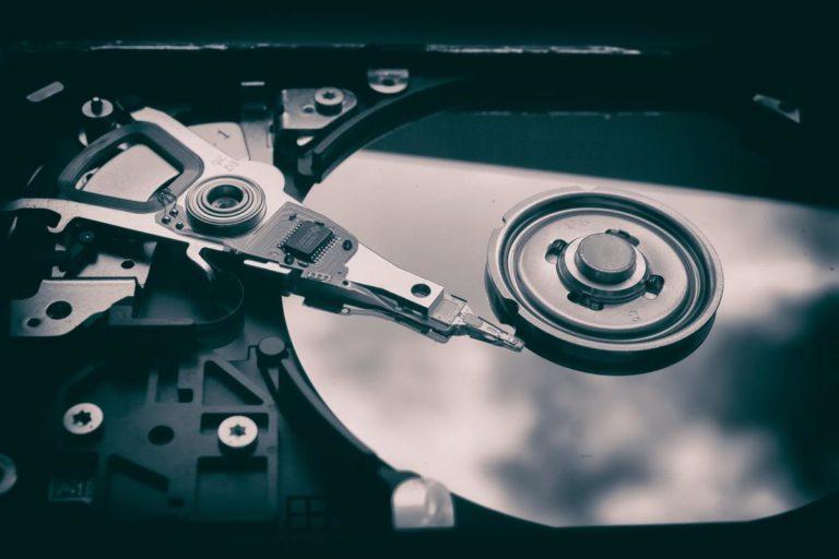 Jak trwale usunąć dane z nośników?